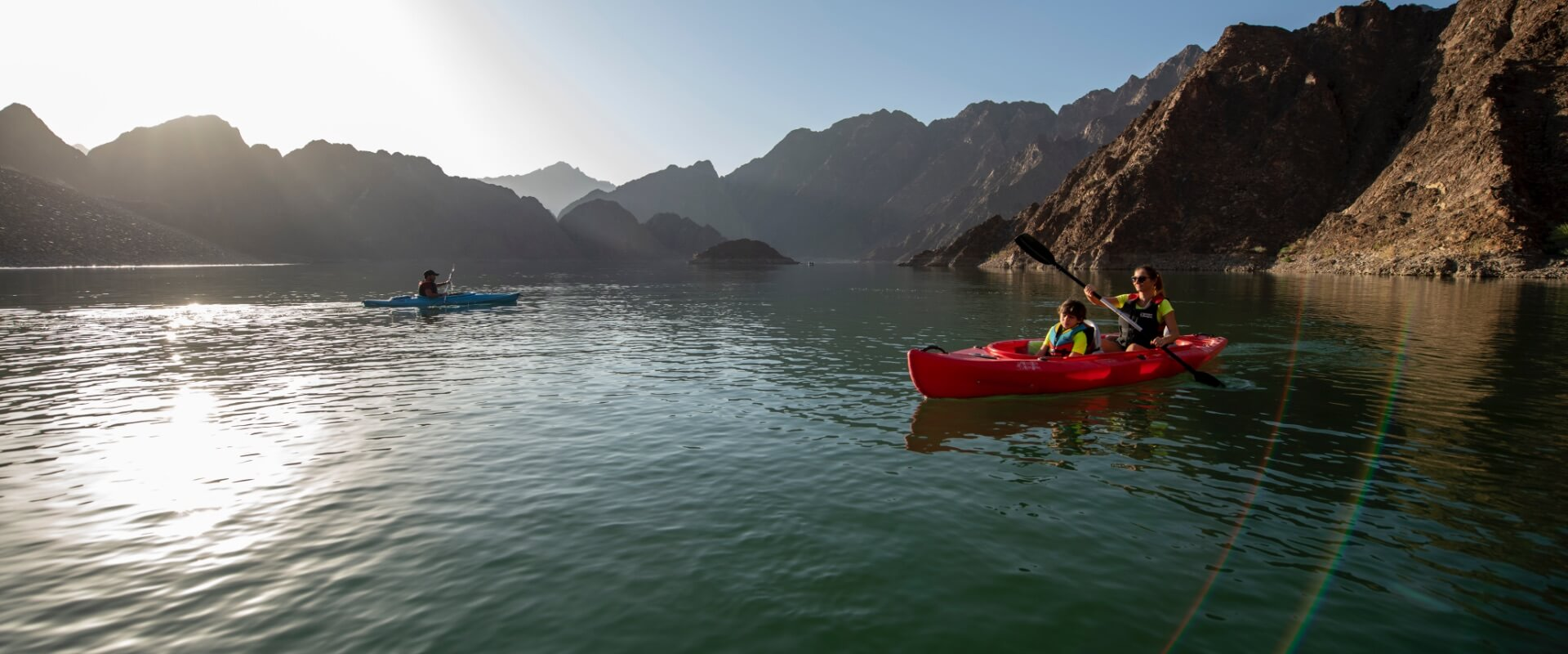Visit-Hatta-Boating-explore